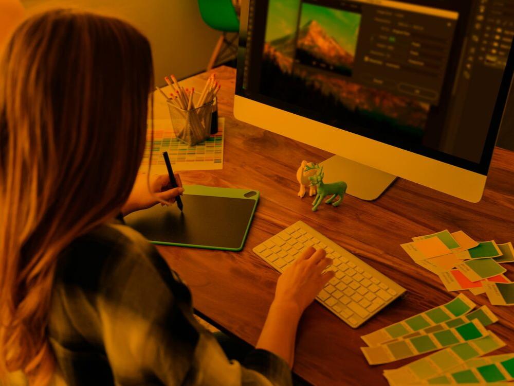 Realizare website - alegerea culorilor pentru designul site-ului